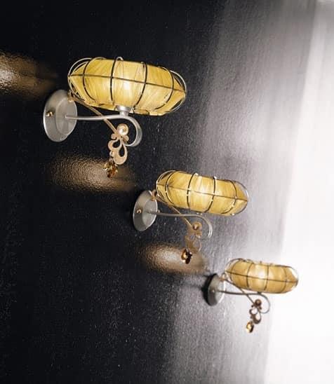 Dream applique, Lampada in metallo verniciato, diffusori in varie finiture