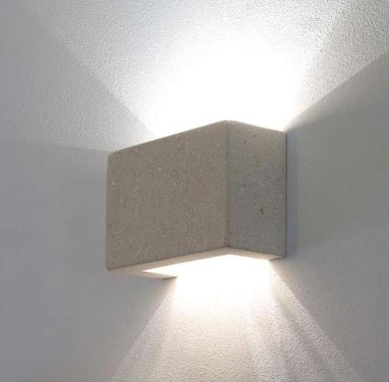 Quadra, Lampada da muro realizzata in pietra