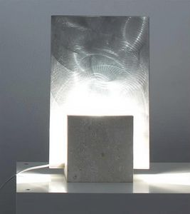 Reflex Acciaio, Lampada da terra in pietra, forma quadrata