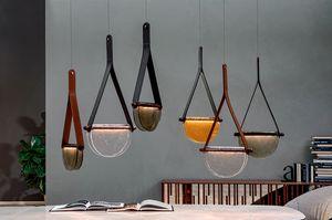 DALÌ, Lampade in legno massello, vetro in fusione  e supporto in cuoio