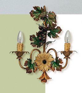 L.5190/6, Applique con decorazioni a forma di grappolo d'uva