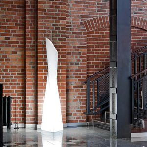 Lampada da terra colonna design moderno contemporaneo Slide Manhattan SD MAF190A, Lampada moderna in polietilene