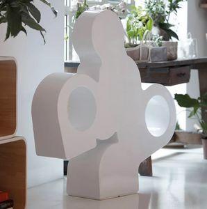 Lampada da terra design moderno contemporaneo in polietilene Slide There LP THE100A, Lampada-scultura in polietilene