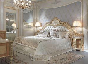 Lariana letto, Lussuoso letto intagliato a mano
