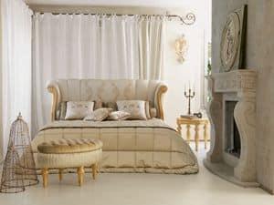 Petra, Letto classico di lusso, intaglio con finitura foglia oro