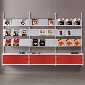 Socrate parete 2, Libreria da parete con ripiani in vetro, vari accessori