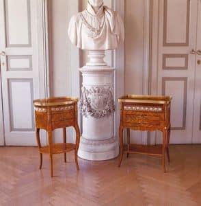 Art. 47, Mobiletto ovale in legno per la casa