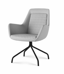 Roxy chair, Poltroncina con base in metallo personalizzabile
