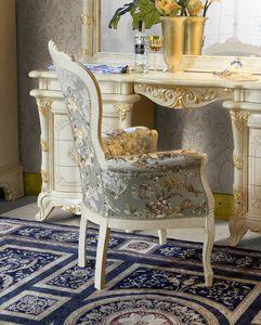 Madame Royale poltroncina, Poltroncina stile classico