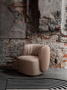 Sipario Lounge Chair, Poltrona con schienale drappeggiato