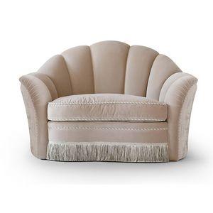 FLORA / poltrona, Poltrona con spaziosa seduta