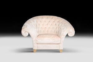 New Versailles, Poltrona classica realizzata artigianalmente