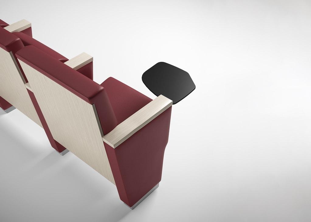 ROYALE, Poltrona per conferenza, attrezzabile con tavoletta scrittoio e sistema multimediale