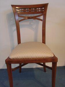 Art. 120, Sedia in stile impero, con seduta imbottita