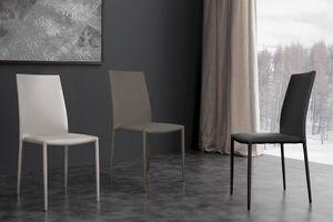 Art. 300 Fast, Comoda sedia rivestita in ecopelle, impilabile