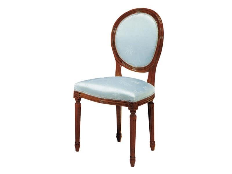 135, Sedia in legno, seduta e schienale imbottiti, per sale da pranzo