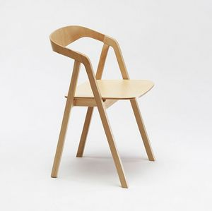 Sta, Sedia impilabile in legno