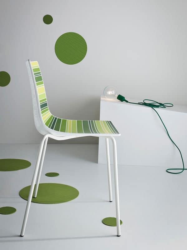 Colorfive NA, Sedia con scocca in materiale plastico con fantasia a righe
