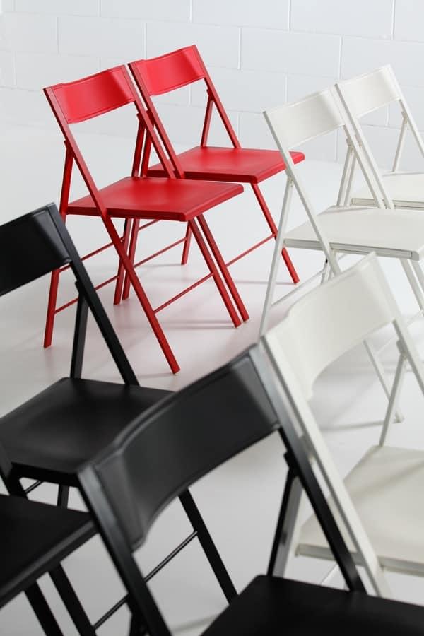 Pocket plastic, Versatile sedia pieghevole, struttura in metallo, seduta e schienale in polipropilene colorato