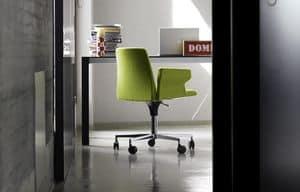 Plate 50 with Castors and armrests, Sedia per ufficio con braccioli, lavorata a mano