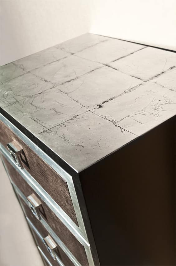 Art. 2237 Roxanne, Cassettiera finitura nero ed argento