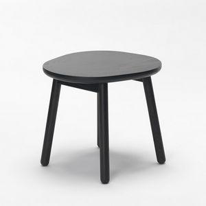 Pebble stool, Sgabello basso in legno