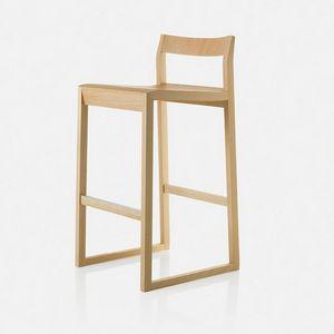 Sciza stool, Sgabello in legno dal design ricercato
