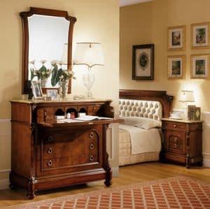 D'Este specchiera, Specchiera in stile classico, intagli fatti a mano