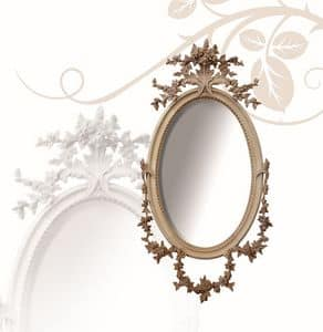 Specchiera art. 177, Specchiera ovale, in legno di tiglio, con fiori finemente intagliati a mano