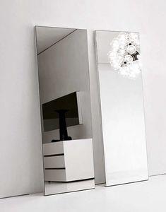 Replay specchiera, Specchio dalla linee essenziale, in varie misure