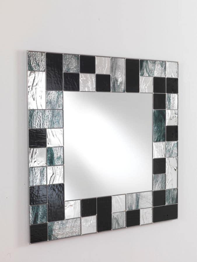 Specchio Quadrato Con Cornice In Vetro A Mosaico Idfdesign