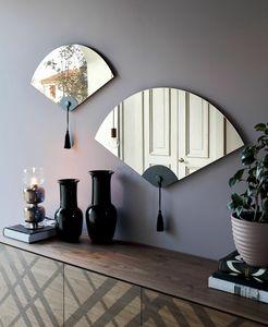 WINDERLY, Specchiera a forma di ventaglio, dal design orientale