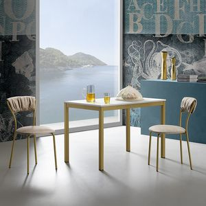 Linea, Tavolo da cucina, dal design semplice