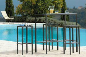 Seaside, Tavolo per esterno in acciaio zincato
