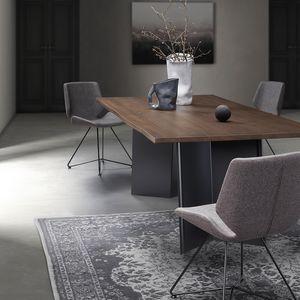 Plus-U, Tavolo robusto e moderno
