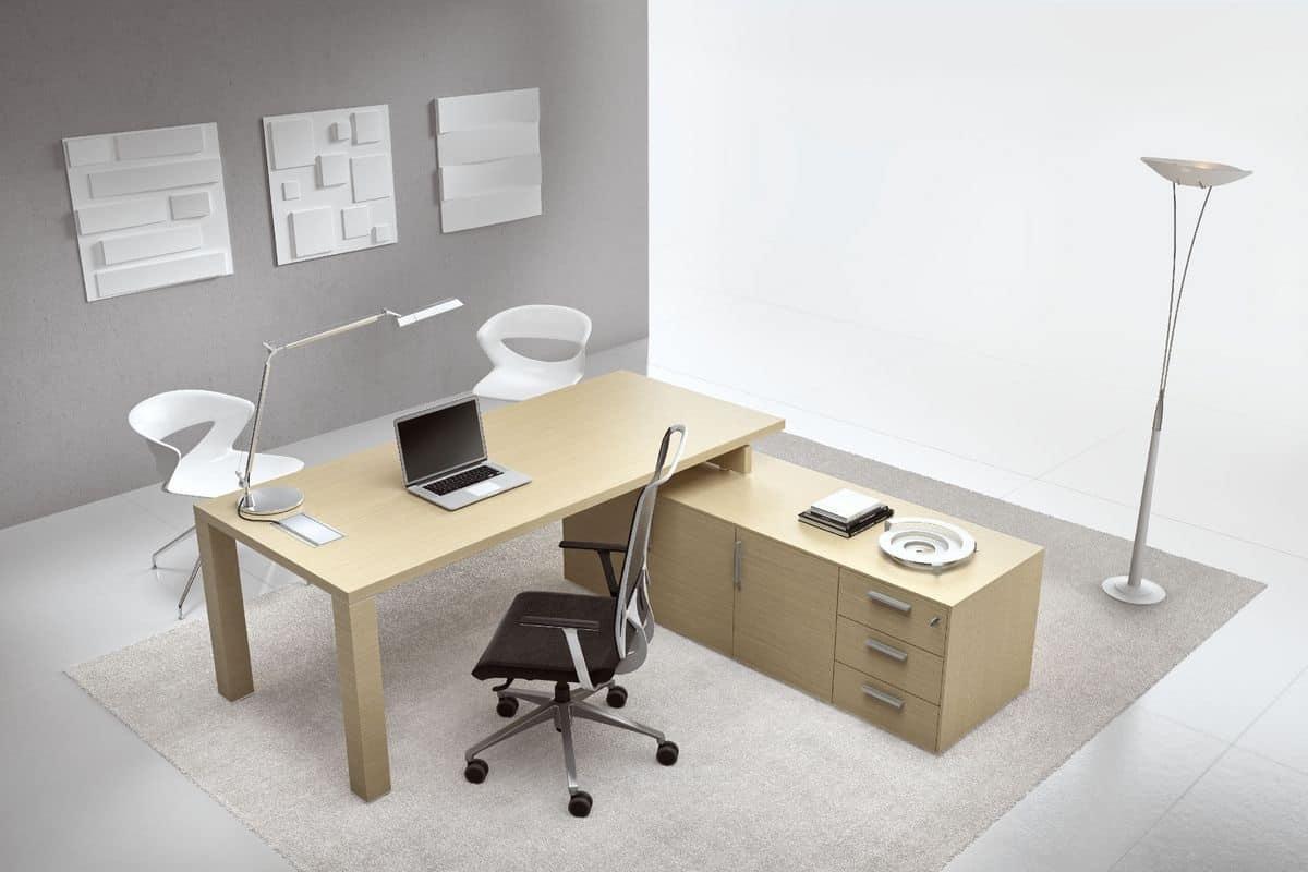 Scrivania per uffici direzionali, varie finiture in stile ...