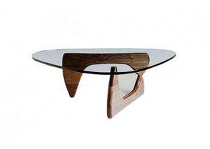628, Tavolino con elegante base in legno
