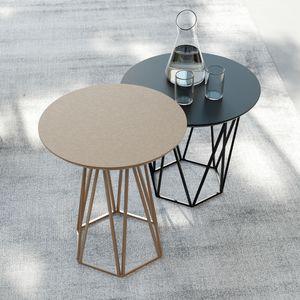 DIAMOND comp.01, Raffinato tavolino con base esagonale