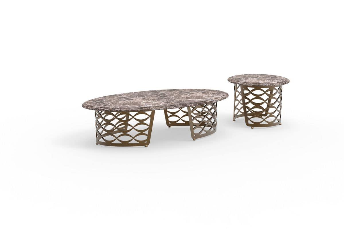 Tavolino con piano sagomato, base in ferro, per salotto moderno  IDFdesign
