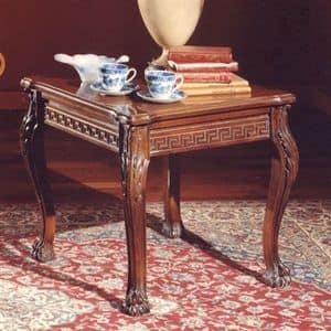 3175 TAVOLINO, Tavolino con piano quadrato in legno intagliato, stile classico