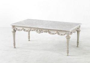4744, Tavolino in stile Luigi XVI