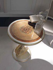 Chiocciola tavolino, Tavolino con particolari in foglia oro