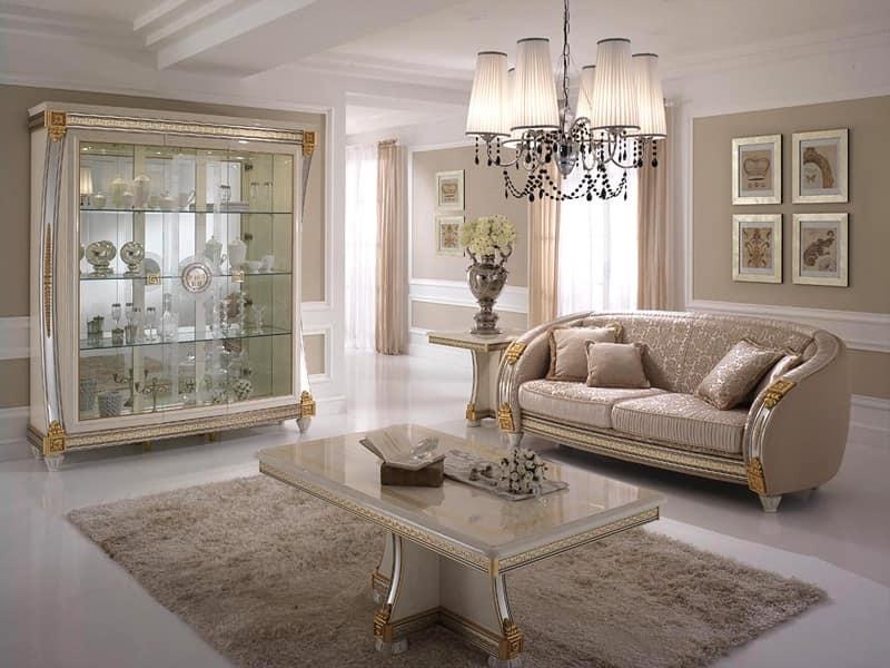 Tavolino Da Salotto In Legno Decorato Artigianalmente Per L Arredo Di Lusso Idfdesign