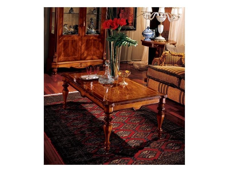 Marcus tavolino 771, Tavolino in legno intagliato