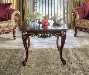 Opera tavolino, Tavolino da salotto in stile classico