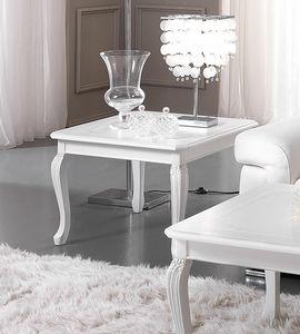 Prestige Art. 615, Tavolino con gambe intagliate