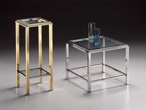 DOMUS 2194, Tavolino quadrato alto, struttura in ottone dorato