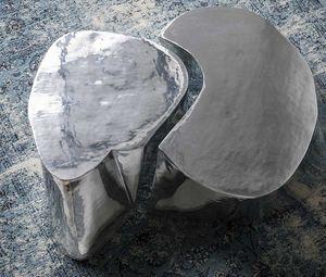 Otto, Tavolino in fusione di alluminio