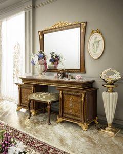 Aida toilette, Toilette con intagli artigianali