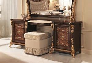 Sinfonia toilette, Toilette classica con top in marmo e cassettiere laterali